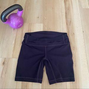 Lululemon active shorts size 6